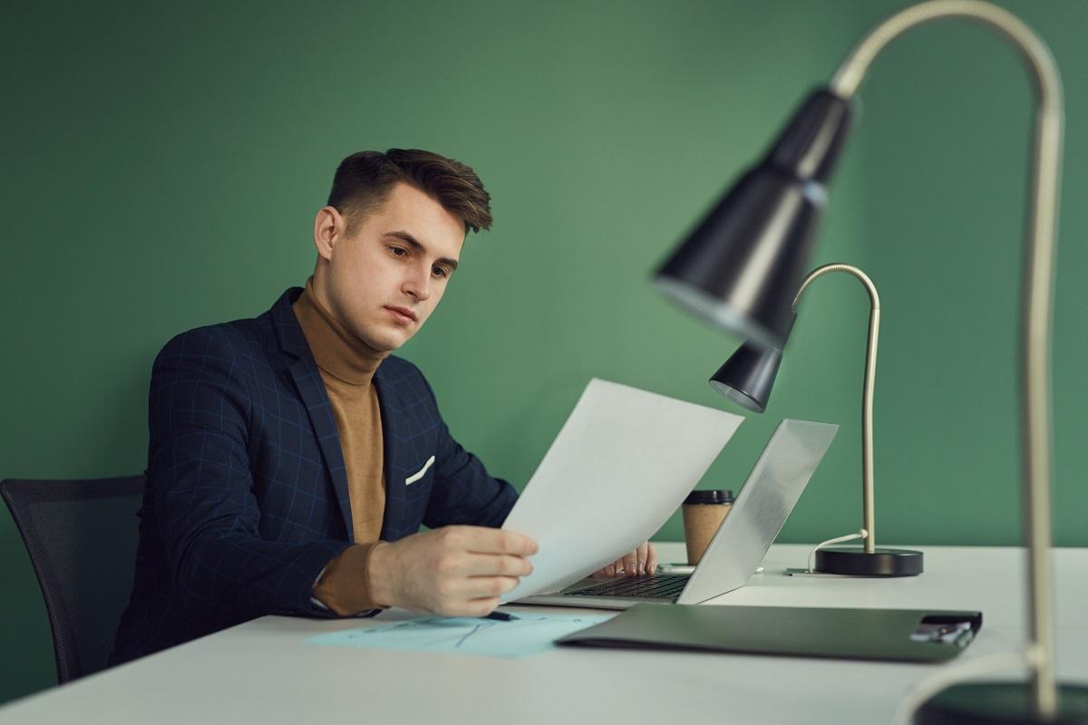 Papier firmowy – gładki czy we wzory?